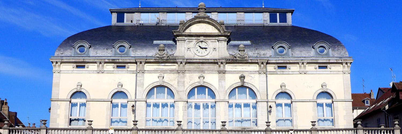 Théâtre_de_Lons_le_Saunier_02